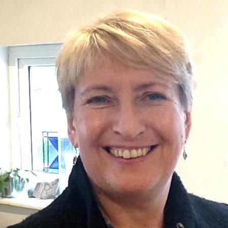 Mrs Ruth Porter